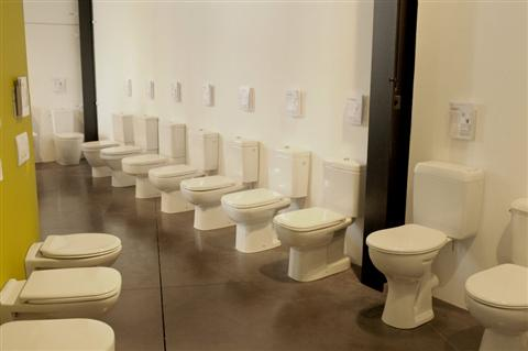 19 - staande wc's